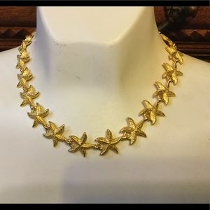 Vintage starfish necklace New lovely